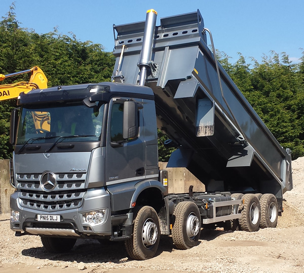 Baxter Tipper Hire - 8 Wheel Truck